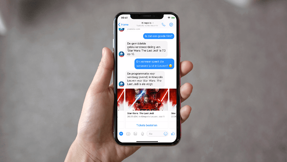 Ordering movie theatre tickets via Messenger